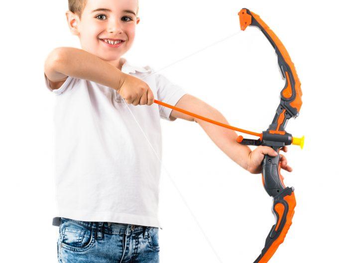 צילום צעצועים אמנון חורש חץ וקשת 2