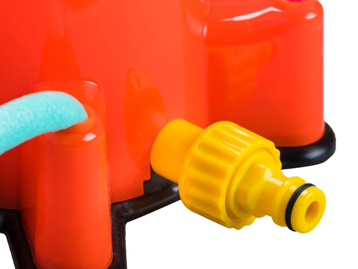 צילום צעצוע תמנון משפריץ מים 1